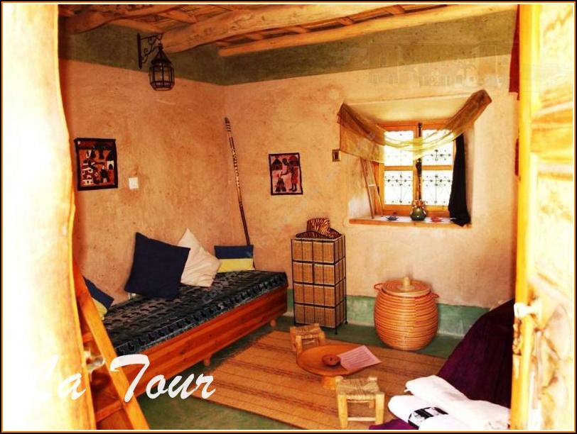Chambre Simple Pour Deux Personnes ~ Idées Créatives de Conception ...